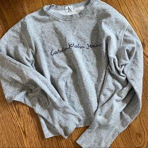 {ck} cropped crewneck sweatshirt